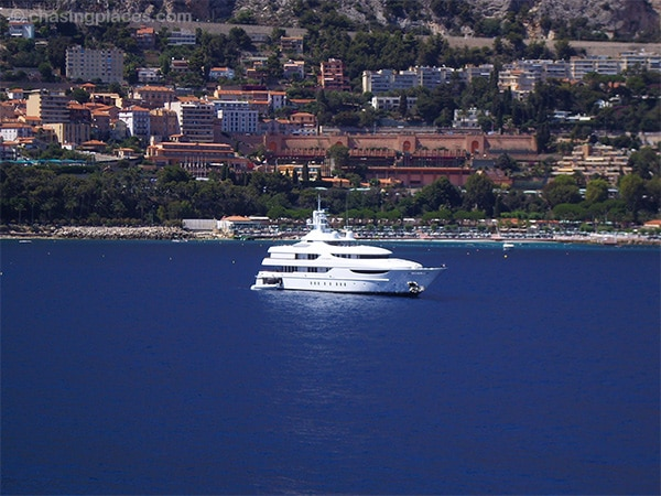A high budget yacht just off the coast in front of Monte Carlo