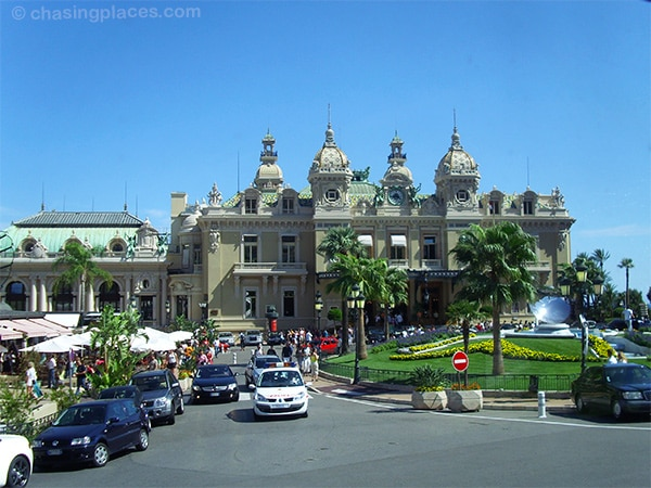 The well-manicured Monte Carlo Casino-grounds.