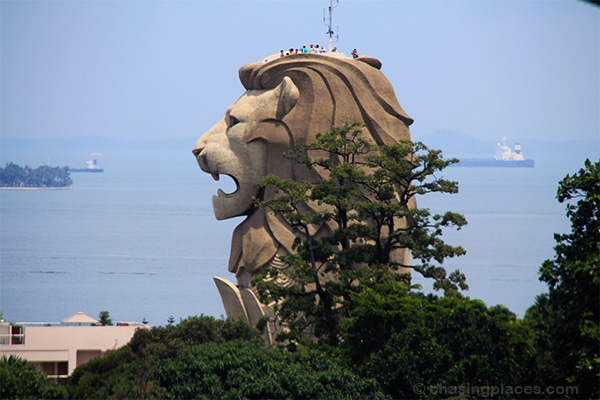 The Merlion on Sentosa Island is an excellent vantage point to see the surrounding area.