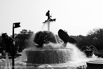 The Mickey fountain in Hongkong Disneyland