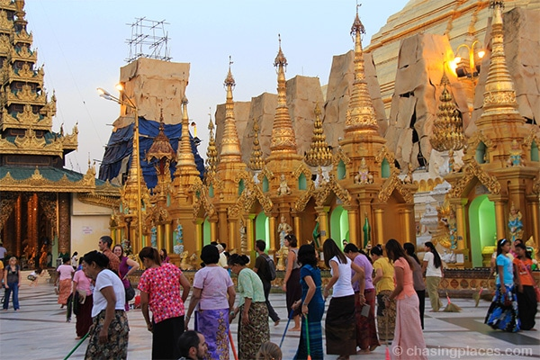No shortage of gold at Shwedagon Pagoda in Yangon