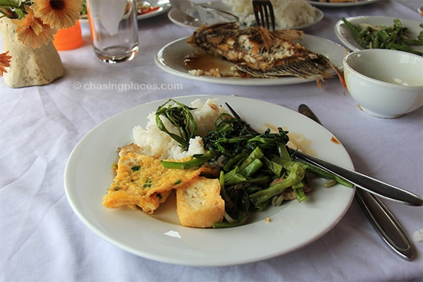 The first meal on the tour boat, Halong Bay