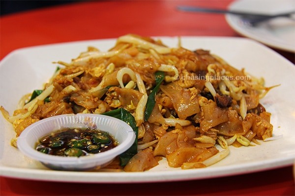 Filling fried Kway Teow
