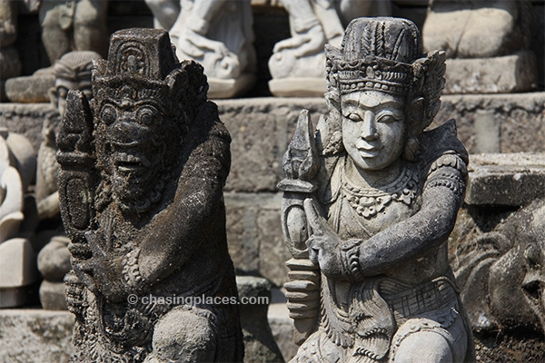 Stunning sculptures around Ubud