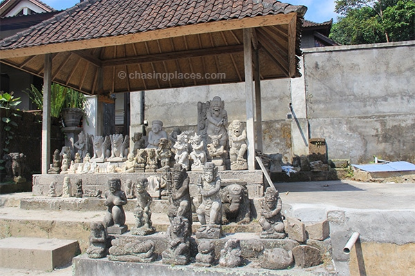 Ubud is a great place not only to view displayed works of art, but also a great place to buy some