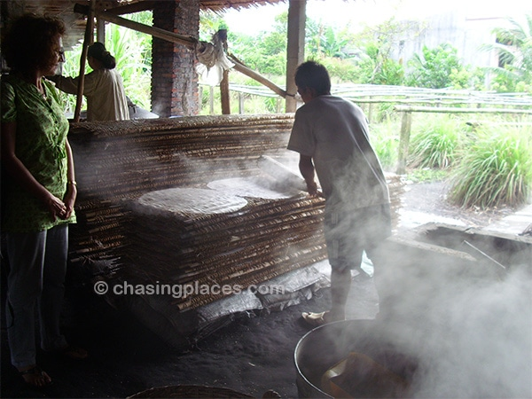 Making rice noodles using a traditional technique near Can Tho