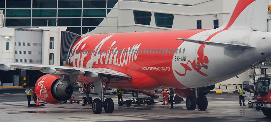 Chasing Places Slider: Air Asia plane at KLIA2