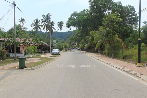The sleepy beachside road parallel to Cherating Beach