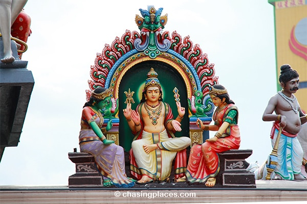 Hindu temple designs within Chinatown in Singapore