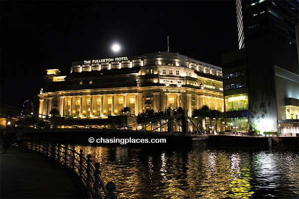 The impressive Fullerton Hotel, positioned seconds away from Boat Quay, Singapore
