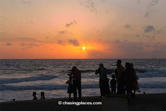 Be prepared for stunning sunsets along the Galle Face Green in Colombo