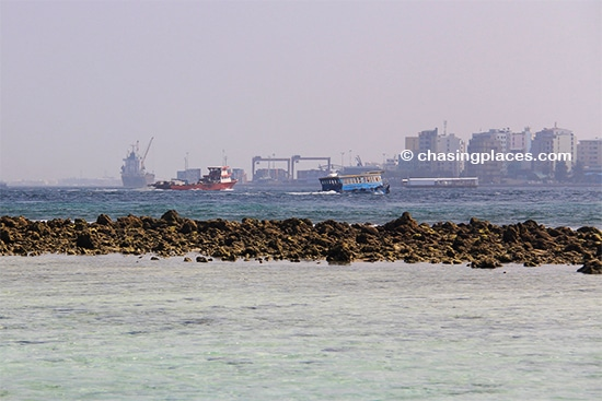 Ferries and larger vessels moving between Male and Villingili