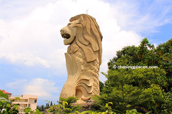 Sentosa's Merlion towering over the trees