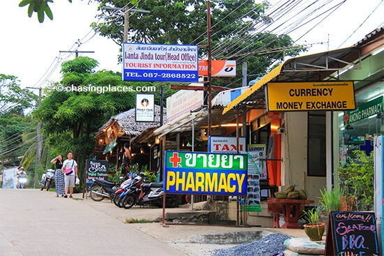 Kantiang Town has a surprising number of tourist services