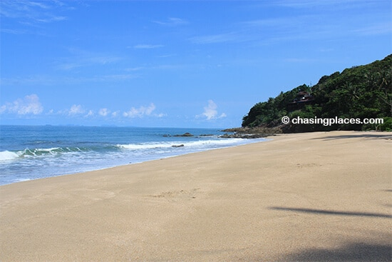 Lanta has so many nice beaches,it's hard finding the right one