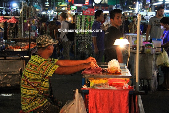 A local vendor on Khaosan Rd around 10 pm