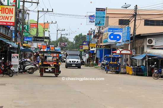 Expect more traffic in Koh Lanta's pier town, Saladan