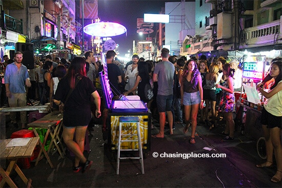 The party on Khao San literally spills onto the street around 130 am