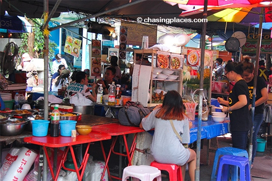 A typical dining area in Chatuchak Market, Bangkok
