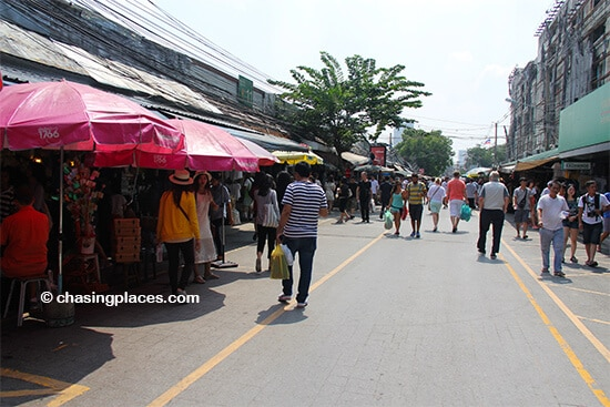 Chatuchak can accommodate a large number of visitors