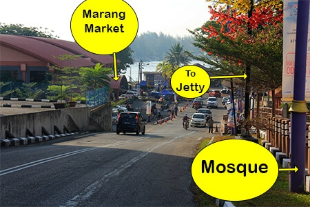 Once you reach the bottom of the hill by the market turn right to reach the Jetty to Kapas