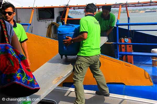 The ferry crew will assist you with your luggage on your way to Redang Island