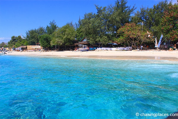 The beautiful turquoise water of Gili T