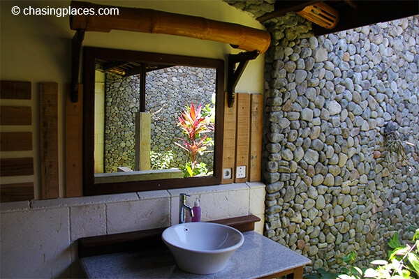 The outdoor private bathrooms at Rinjani Lodge are simply amazing!